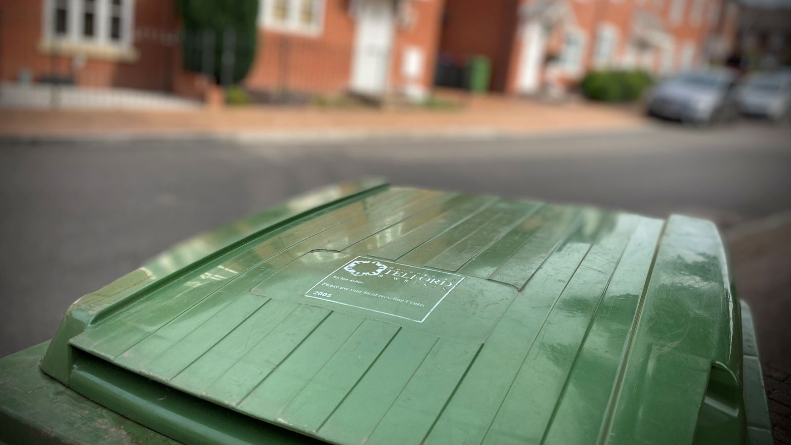 Covid-19 isolation rules impact on green bin collections in limited areas of Telford