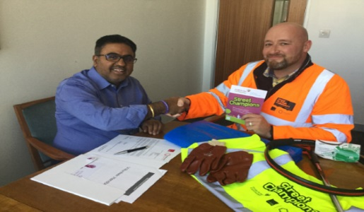 Mayor signs up to become a Street Champion